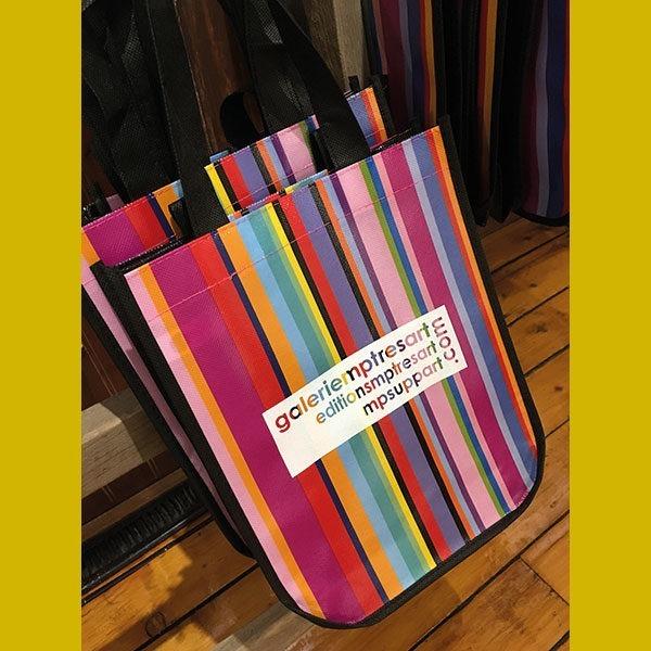 petit sac reutilisable multicolore